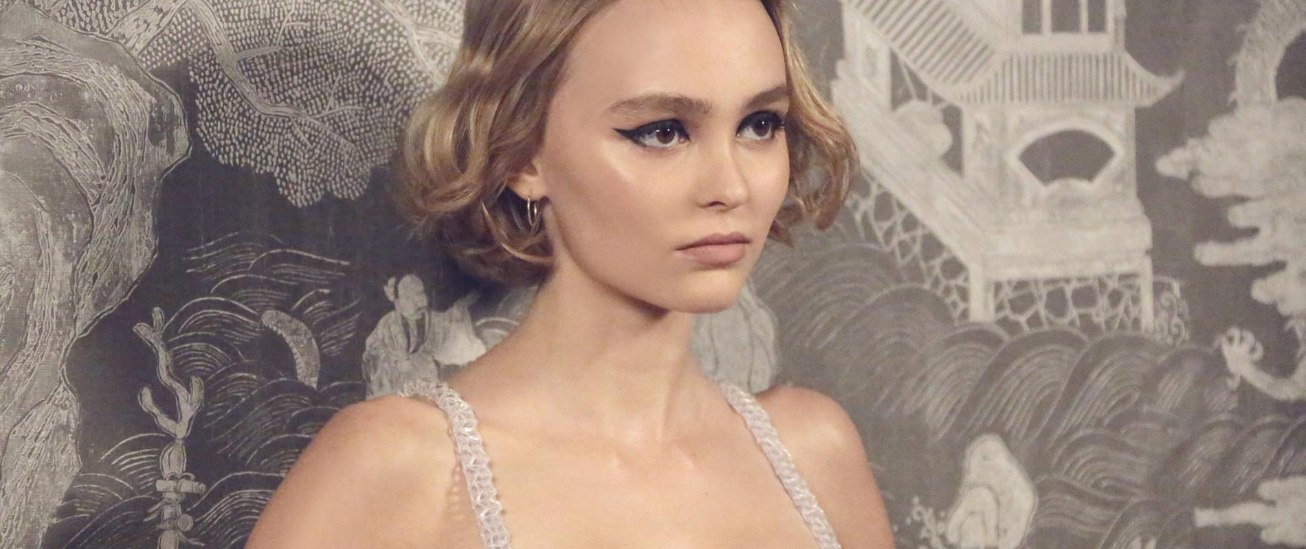 Lily-Rose Depp incarne le visage du nouveau Chanel n° 5, L'Eau