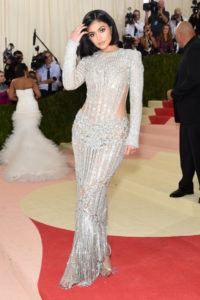 Met Gala 2016 Red Carpet : LES UP & DOWN