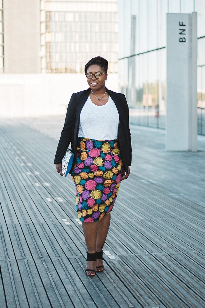 La jupe crayon imprimé à pois