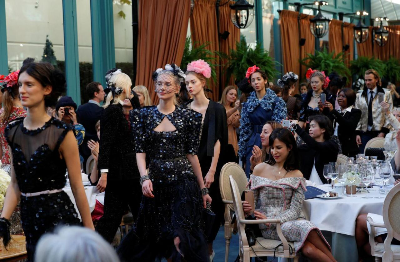DEFILE CHANEL METIERS D'ART AU RITZ